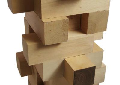 Commode-de-table-Jenga-bois-daulne-vue-de-profil-StÇphane-Pennec-400x284