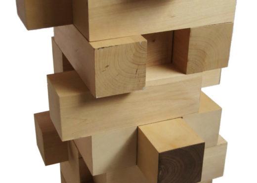 Commode-de-table-Jenga-bois-daulne-vue-de-profil-StÇphane-Pennec-520x370